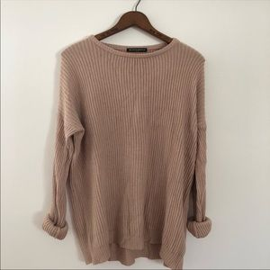 BRANDY MELVILLE PINK SWEATER !